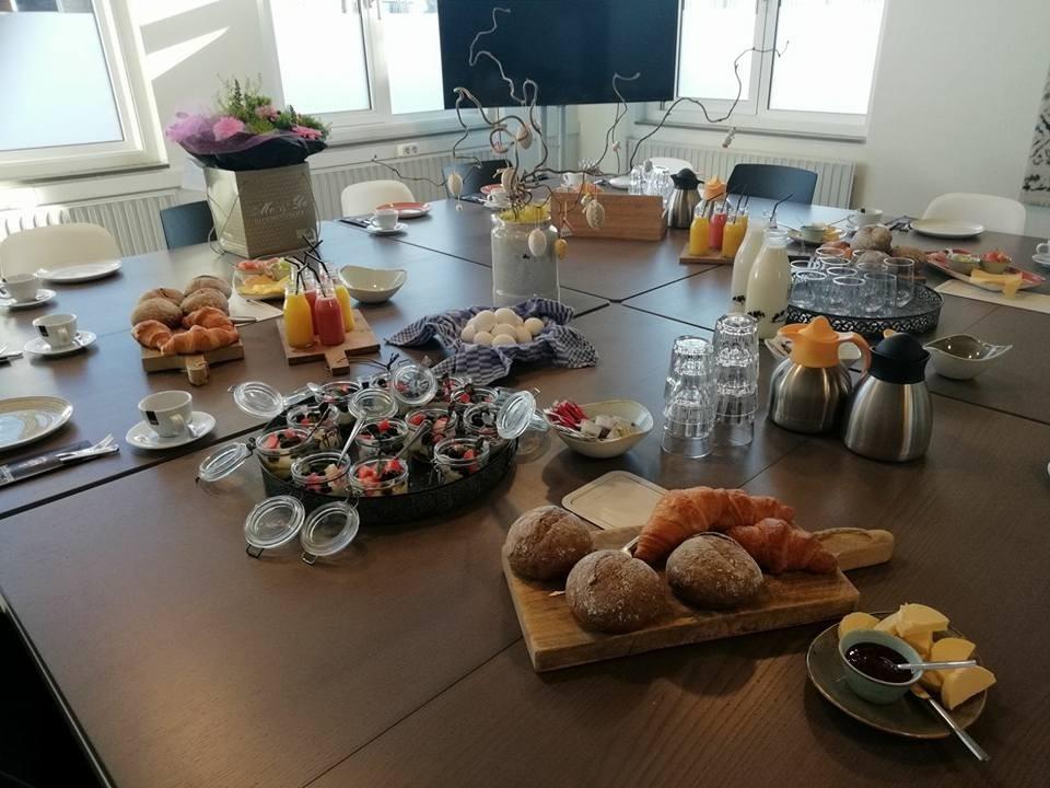 Zakelijk ontbijt arrangement Brasserie Fair Catering van 't Hooge